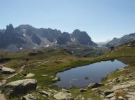 Lac d'altitude lors d'une randonnée dans la vallée de la Clarée