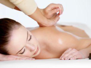 Venez vous détendre avec un massage lors d'un séjour au Chalet d'en Hô