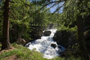 Cascade de Fontcouverte lors du séjour randonnée et détente