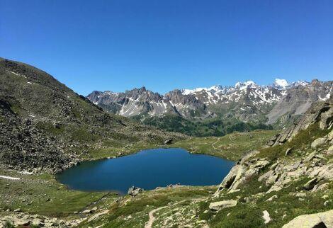 Lac du Serpent (2 450 mètres) depuis la vallée de la Clarée